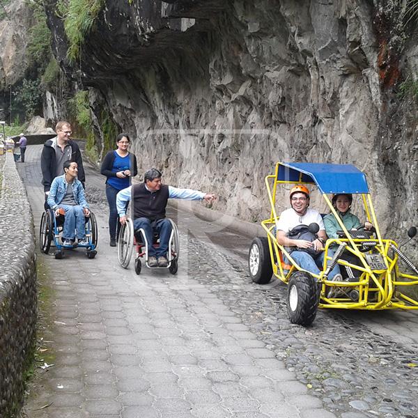 Fotografía de paseo turístico inclusivo, en Ruta Ecológica y Kart.